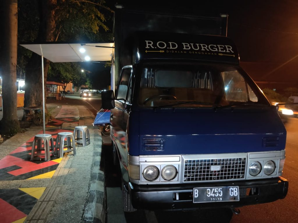 R.O.D Burger Sajikan Burger Yang Higienis